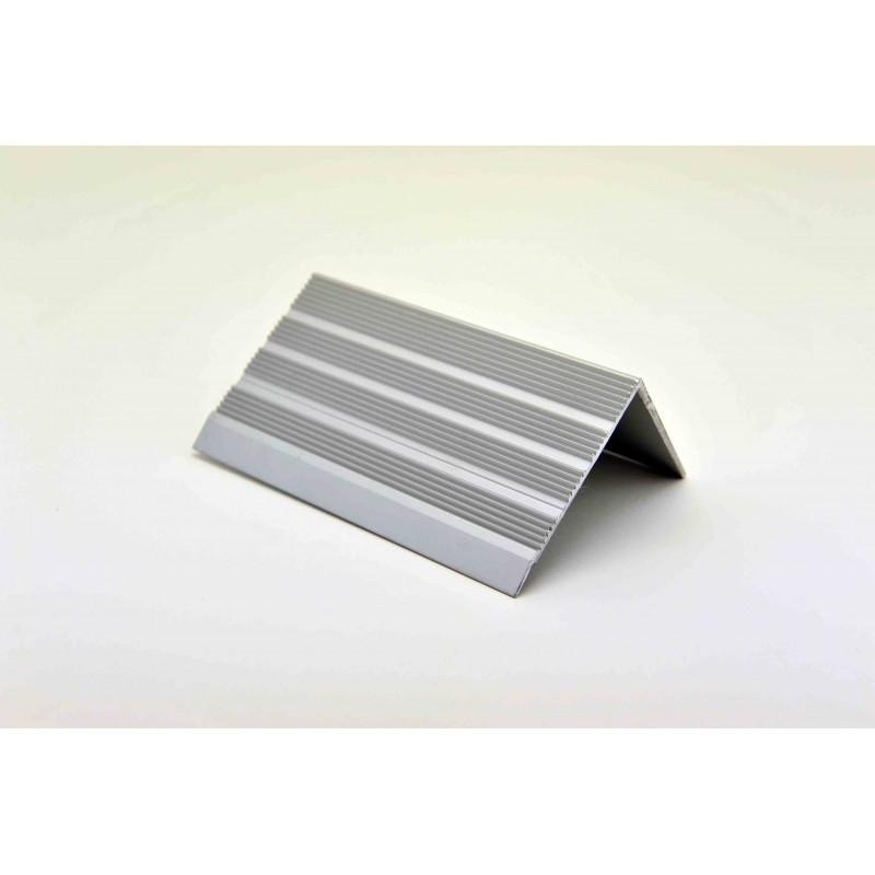 nez de marches stri aluminium fil 668370 adesol tego. Black Bedroom Furniture Sets. Home Design Ideas